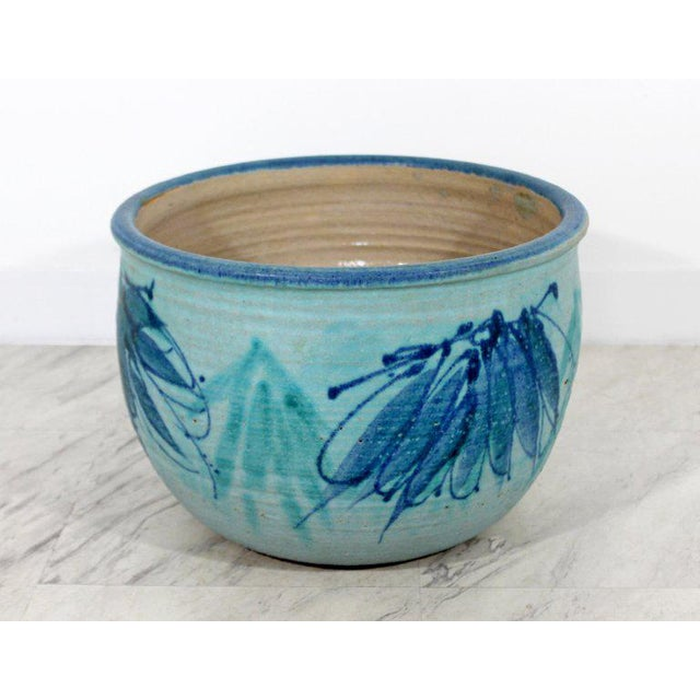 For your consideration is an rare exquisite, blue glazed ceramic pot, signed by J.T. Abernathy, circa 1960s. Cranbrook...