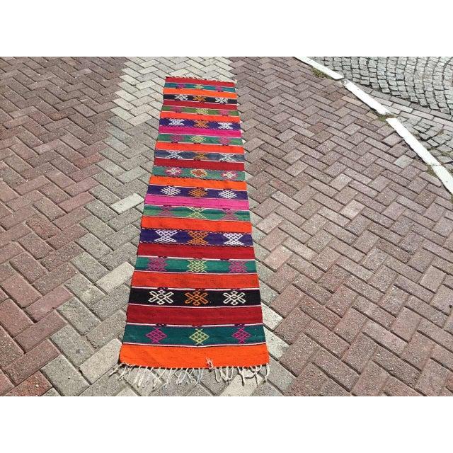 "Boho Chic Vintage Turkish Kilim Rug -- 2' x 9'2"" For Sale - Image 3 of 8"