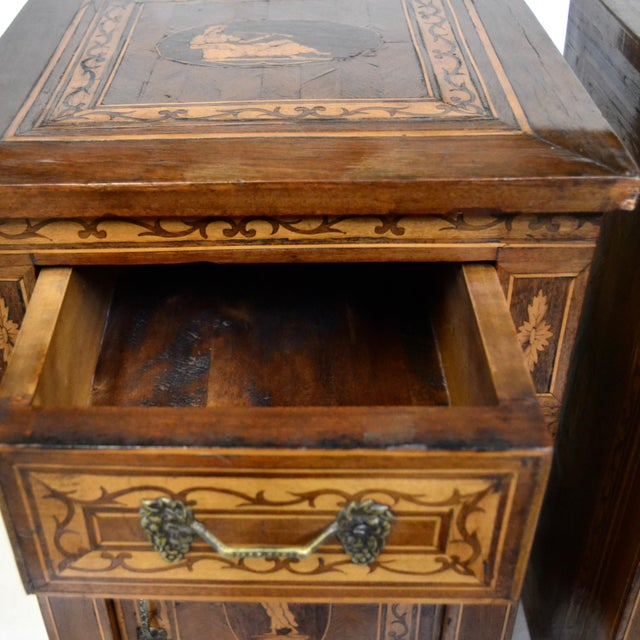 Italian Italian Neoclassical Style Inlaid 19th Century Walnut Side Tables - A Pair For Sale - Image 3 of 8
