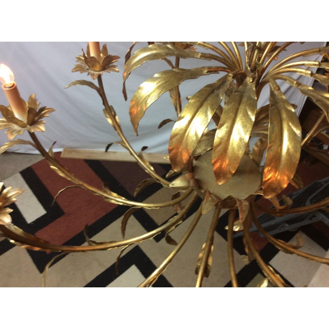 Hollywood Regency Italian Palm Design Gilt Tole Chandelier For Sale In Dallas - Image 6 of 13