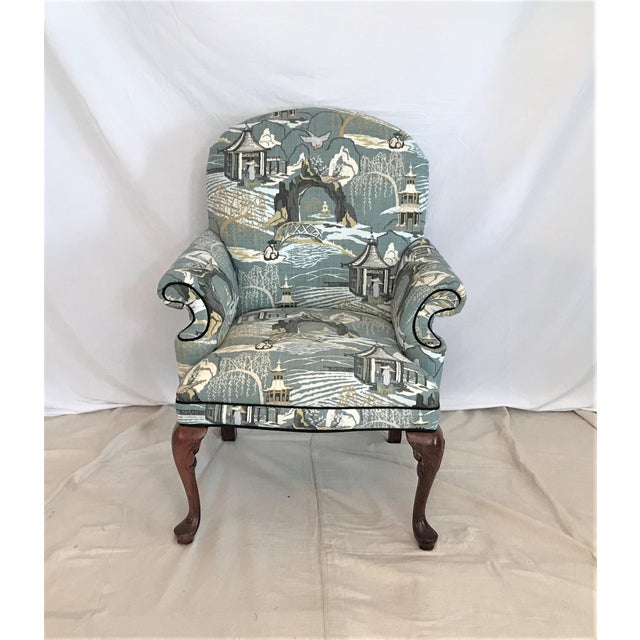 Mid Century Robert Allen Chinoiserie Toile Upholstered Queen Anne Armchair For Sale - Image 6 of 8