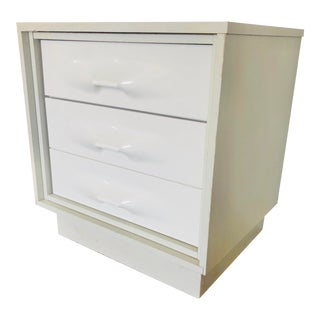 1970s Treco Space Age White 2 Drawer Nightstand For Sale