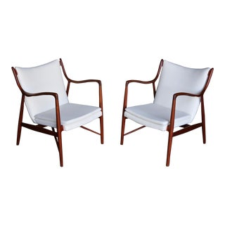 Finn Juhl Nv45 Lounge Chairs for Niels Vodder, 1945 - a Pair For Sale