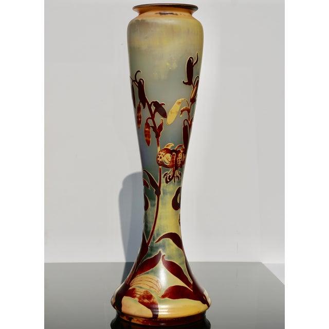 Art Nouveau Monumental Emile Galle Tiger Lily Cameo Vase For Sale - Image 3 of 9