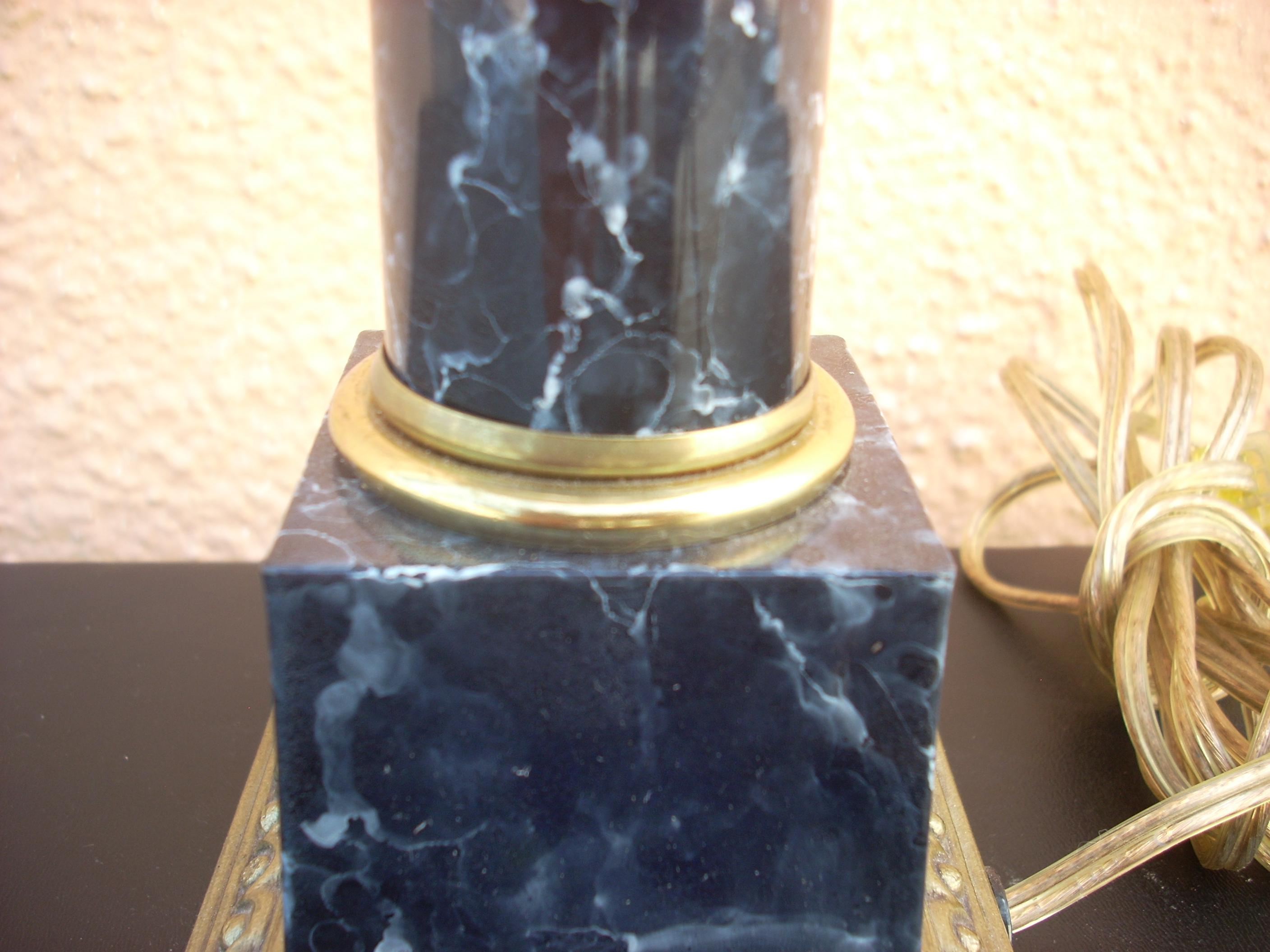 Faux Marble Table Lamp   Image 4 Of 4