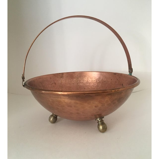 Metal Arts and Crafts Hammered Copper Bowl With Handle and Brass Feet For Sale - Image 7 of 7