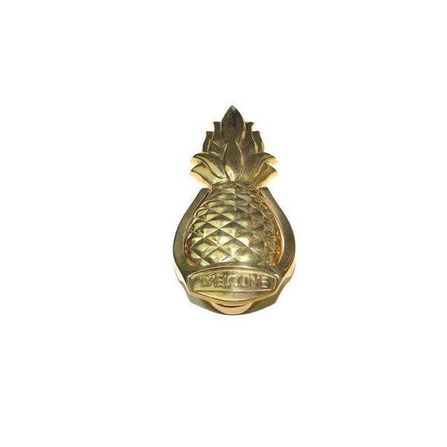 Hollywood Regency 1980s Hollywood Regency Brass Pineapple Door Knocker For Sale - Image 3 of 9