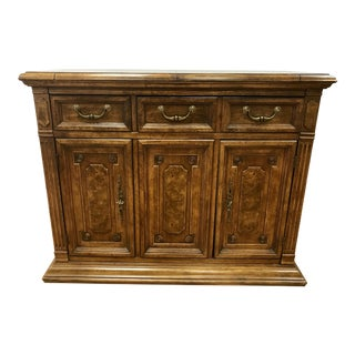 1970s Traditional Bernhardt Buffet Bar Cabinet Sideboard Buffet For Sale