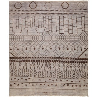 """Vibrance Hand Knotted Area Rug - 7'10"""" X 9'6"""" For Sale"""