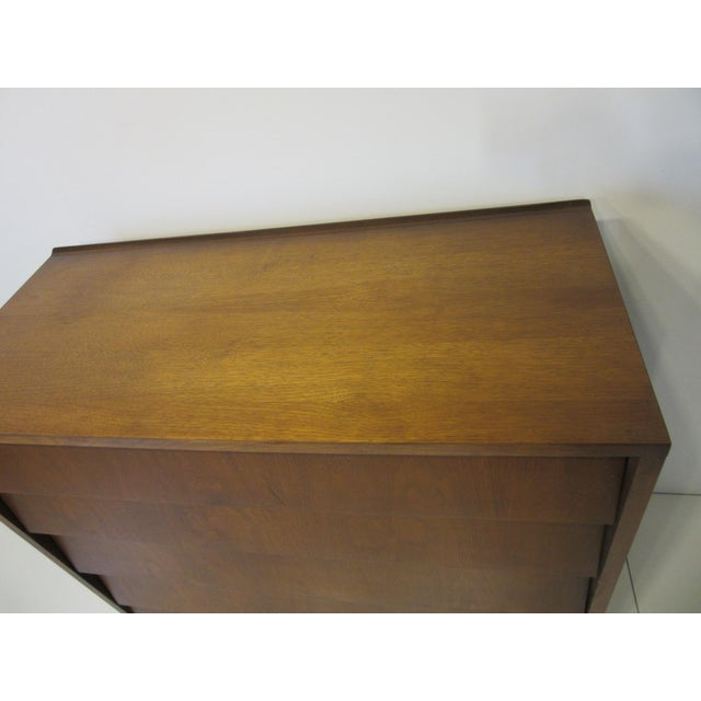 Wood Mid Century Walnut Slanted Front 5 Drawer Dresser For Sale - Image 7 of 9