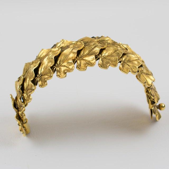 1980s Sonia Rykiel Paris Link Bracelet Massive Gilt Metal Textured Leaves For Sale - Image 5 of 9