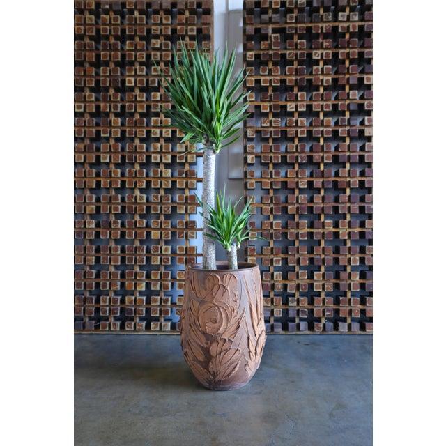 "Architectural Pottery David Cressey ""Expressive"" Design Ceramic Planter For Sale - Image 4 of 9"