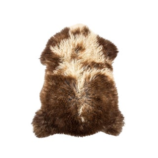 "Contemporary Handmade Wool Sheepskin Pelt - 2'4""x3'1"" For Sale"