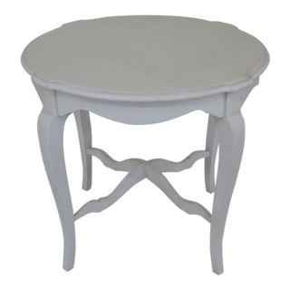 Ethan Allen White Painted Occasional Table For Sale