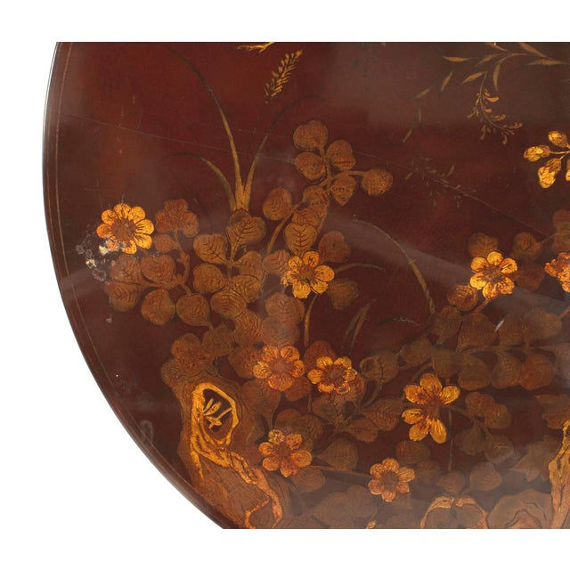 English Queen Anne Style Chinoiserie Rust Lacquer Floral Design Coffee Table For Sale In New York - Image 6 of 8