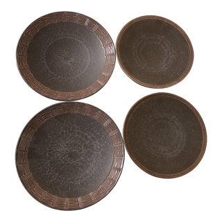 Set of 4 Vintage Pfaltzgraff Bamboo Plates-Matika Shale For Sale