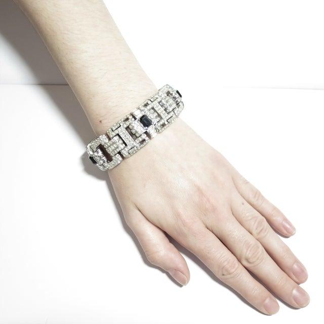 Ciner Art Deco-Style Geometric Link Rhodium Bracelet 1950s For Sale - Image 12 of 13