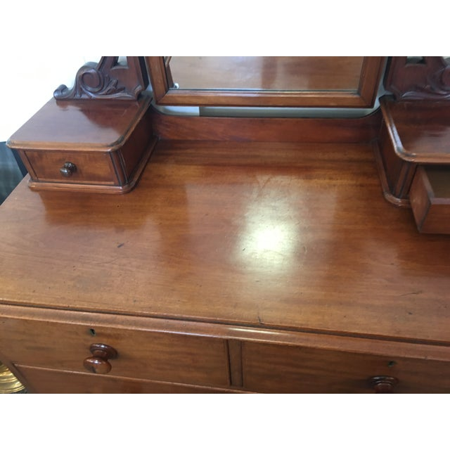 1900 - 1909 English Antique Mahogany Chest of Drawers With Swing Mirror For Sale - Image 5 of 8