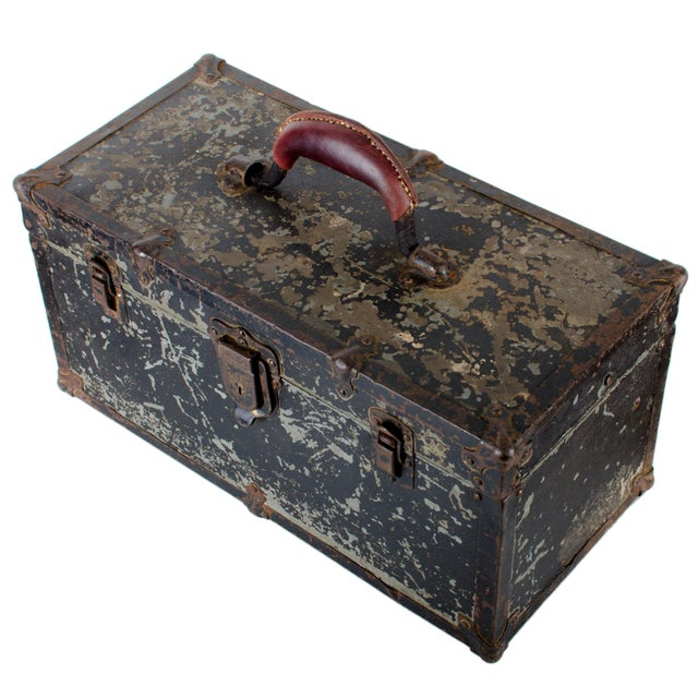 Vintage Union Tool Box For Sale - Image 5 of 10