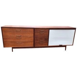 Jens Risom Mid-Century Modern Walnut Credenza, 1960s Eight Drawers Tambour Door For Sale