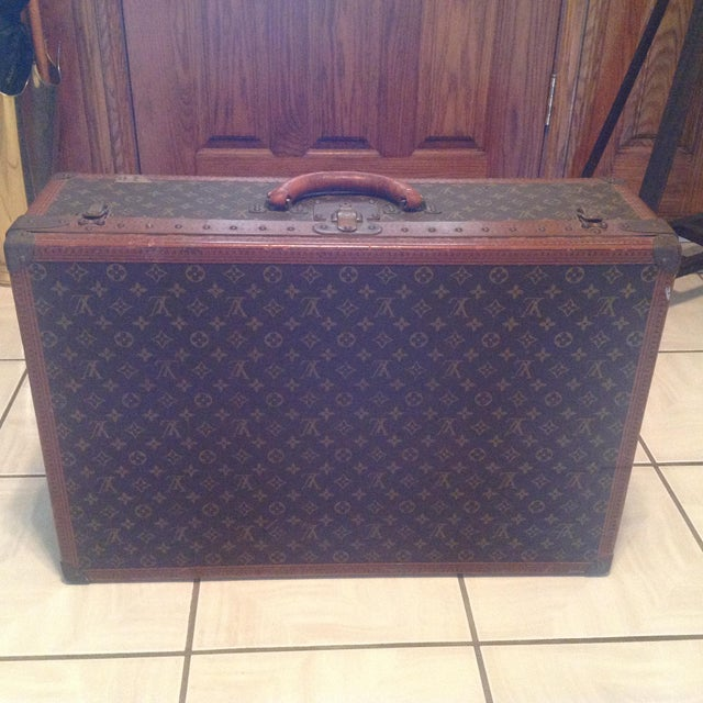 Mid-20th Century Louis Vuitton Hard Case Bisten Luggage For Sale - Image 12 of 12