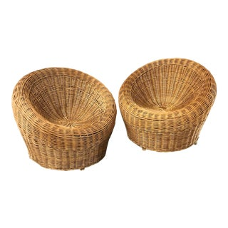 1970s Modernist Wicker Chairs - a Pair For Sale