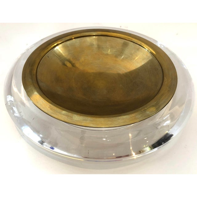 Mid-Century Set of Lucite & Brass Catchall & Lighter For Sale - Image 4 of 13