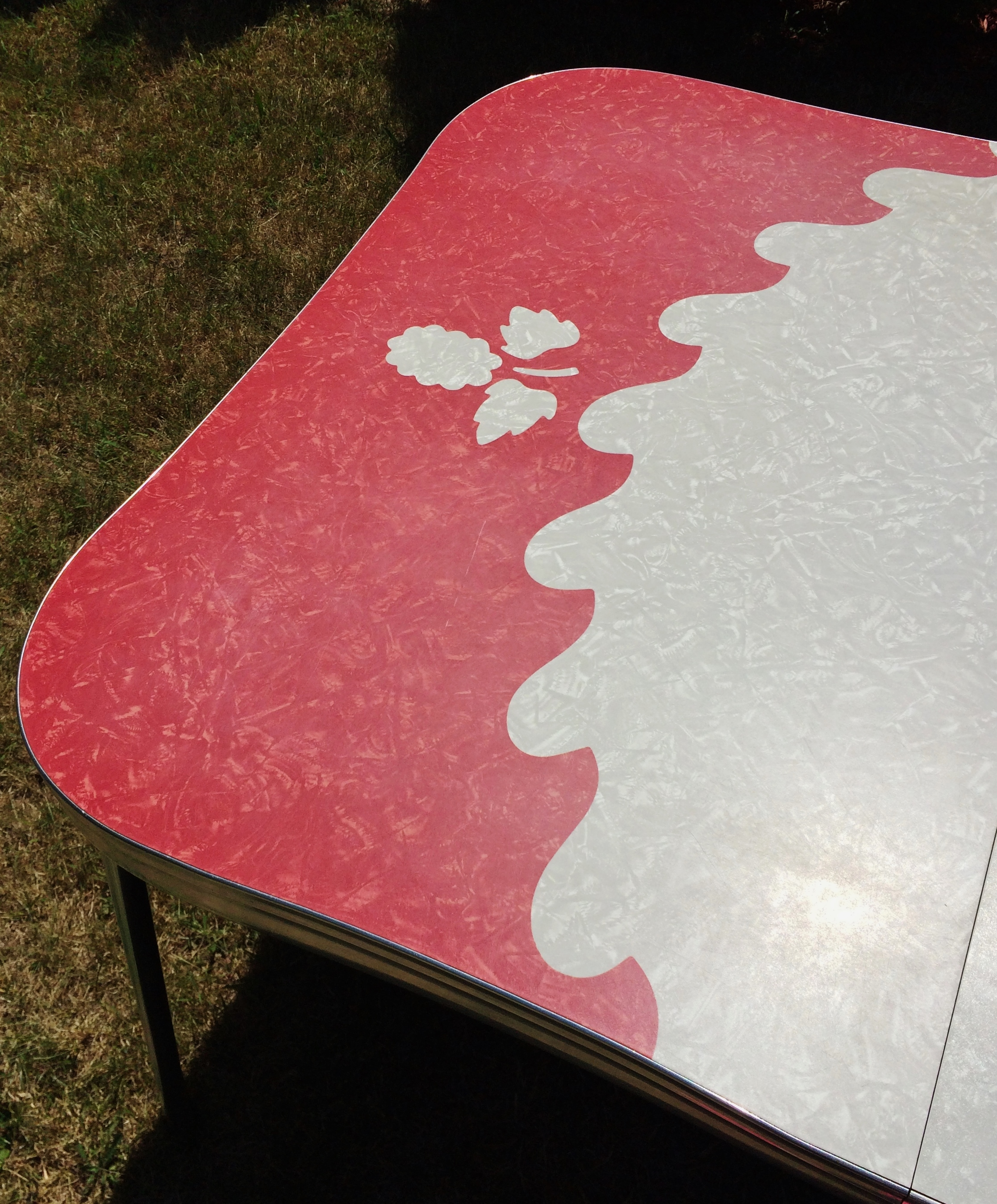 Vintage Red Cracked Ice Formica Chrome Table   Image 4 Of 11