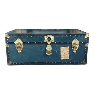 1940s Traditional Green Steamer Trunk Coffee Table For Sale
