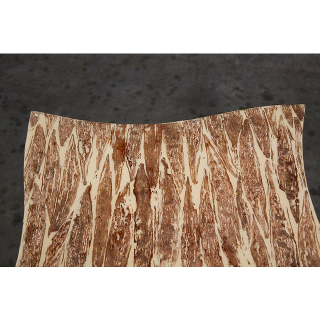 """White 1990s Contemporary Freeform """"Wave"""" Side Table With Natural Fiber Inlay For Sale - Image 8 of 11"""