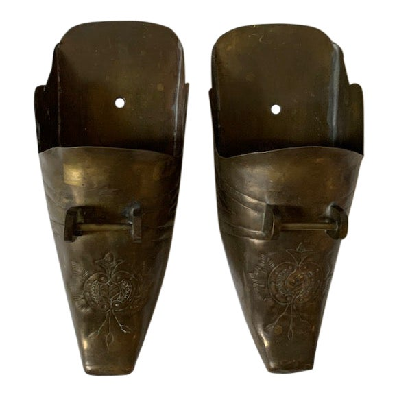 Vintage Spanish Conquistador Brass Stirrup Wall Pockets - a Pair For Sale