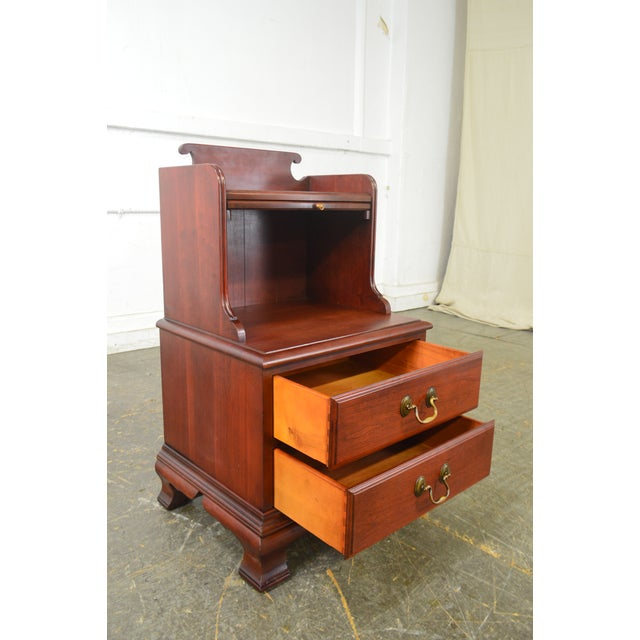 Pennsylvania House Pennsylvania House Mt Vernon Pair of Solid Cherry Vintage Nightstands For Sale - Image 4 of 13