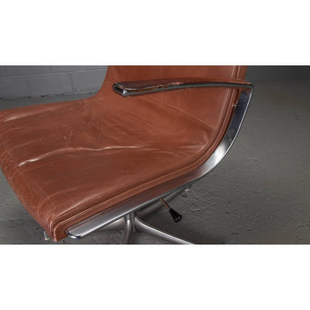 Animal Skin Armchairs in Chrome and Cognac Leather by Walter Knoll- Set of 6 For Sale - Image 7 of 10