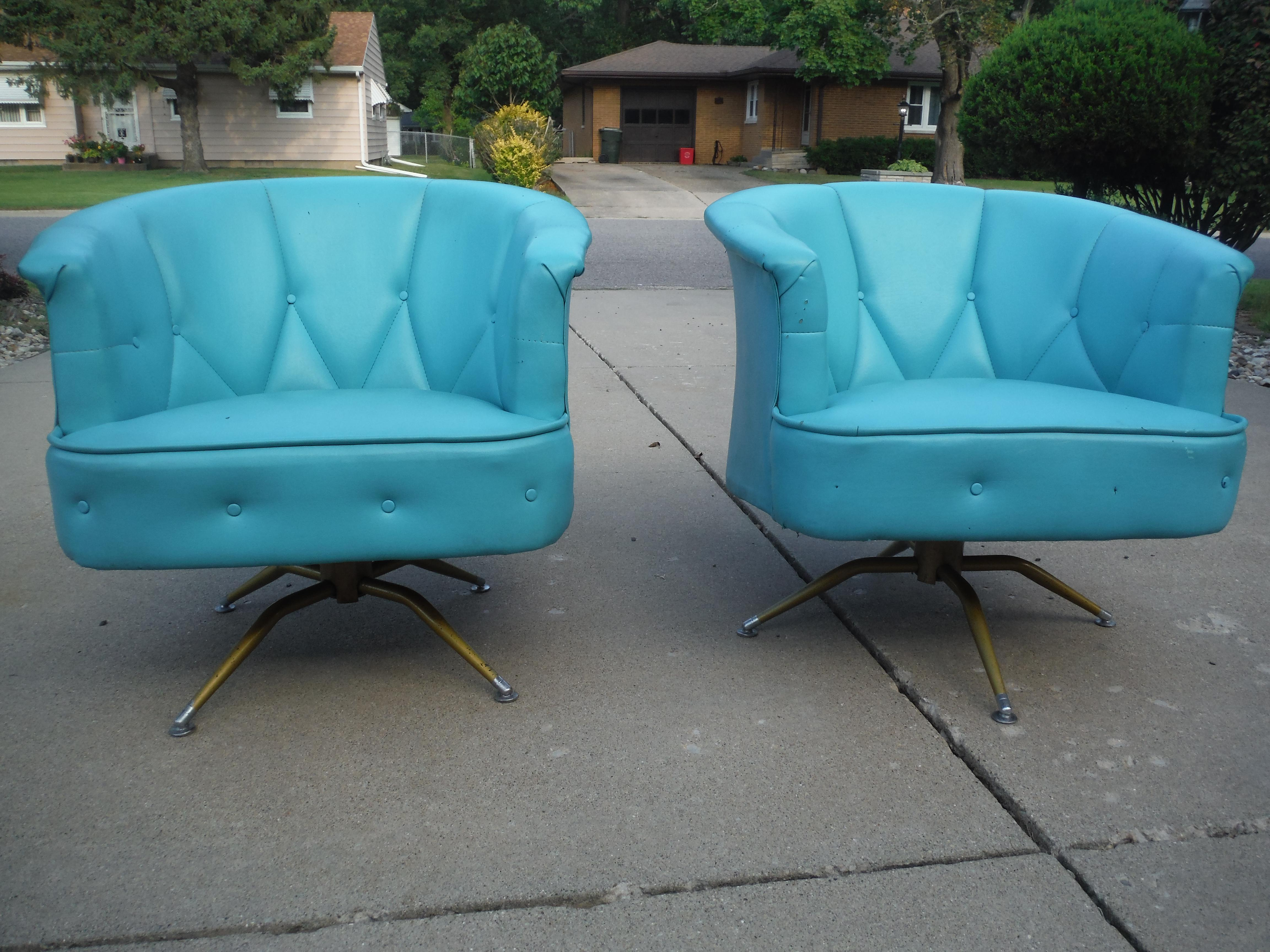 Mid Century Modern Blue Swivel Barrel Chairs   A Pair   Image 3 Of 11