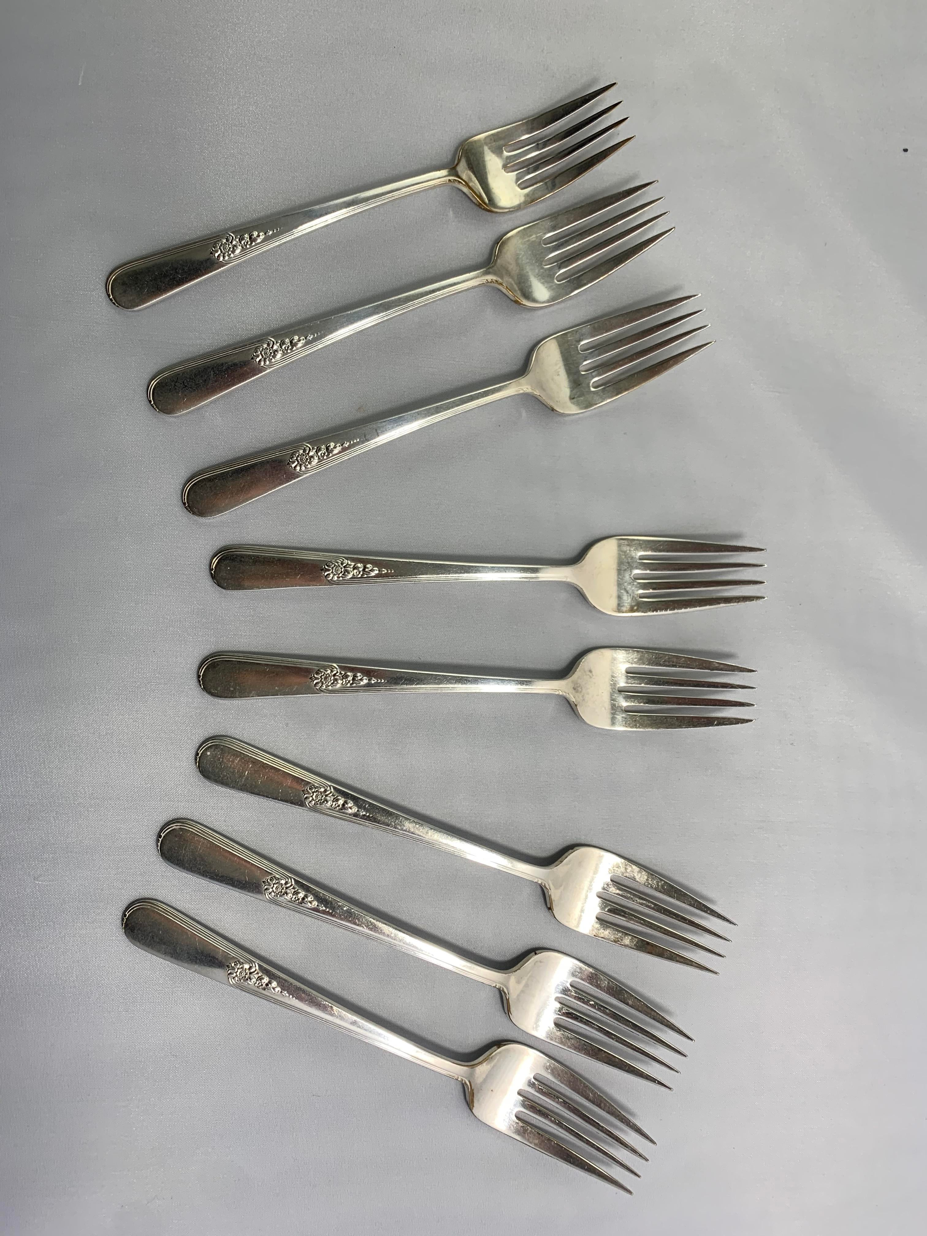 2 Butter Spreaders Vintage silverware Butter Knives Vintage Holmes and Edwards silverplate flatware 1940 YOUTH 1940s silver plate