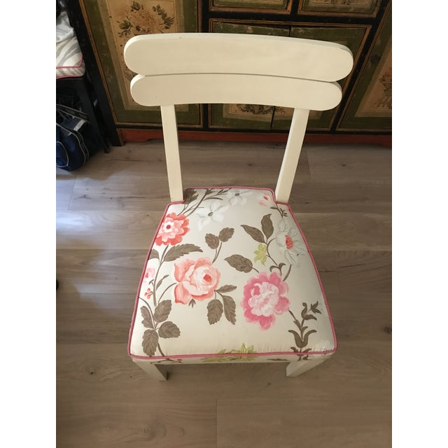 Floral Dining Room Chairs - Set of 4 - Image 3 of 7