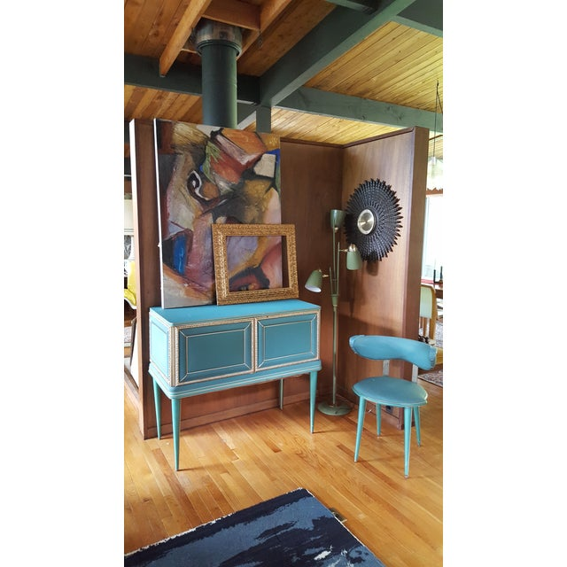 Art Nouveau Vintage Mid-Century Turquoise and Gold Side Table & Chair For Sale - Image 3 of 10