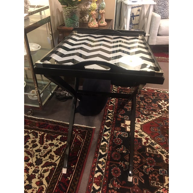 Oscar De La Renta lacquered tray table. Made in the 2010s.