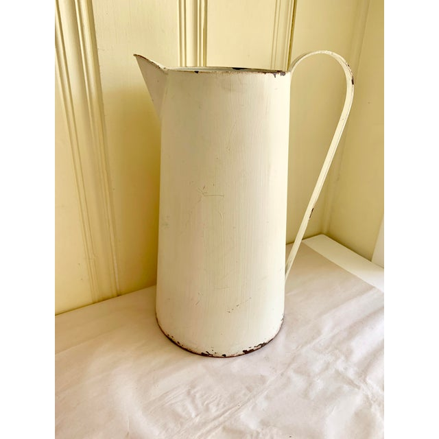 Large rustic farmhouse milk pale pitcher or vessel for tools, sunflowers or as a decor object. Chippy shabby elegance and...