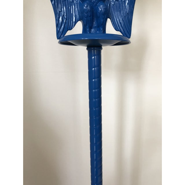 1960s Vintage Royal Blue Federal Style Eagle Floor Lamp For Sale - Image 5 of 13