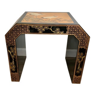 Vintage Chinoiserie Phoenix Design Black and Gold Lacquer Side Table For Sale