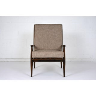 Mid-Century Modern Lounge Chair Preview