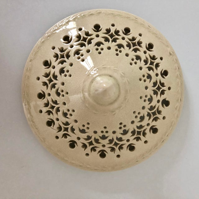 White 19th Century French Creamware Potpourri Lidded Dish For Sale - Image 8 of 13