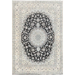 "Pasargad Home Nain Collection Area Rug - 9' 11"" X 13' 1"" For Sale"