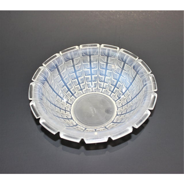 Art Deco R. Lalique 1928 Acacia Pattern Opalescent Art Deco Crystal Bowl For Sale - Image 3 of 12