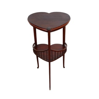 Late 19th Century Vintage American Heart Shaped Table For Sale