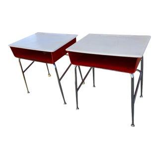 Mid-Century Modern Heywood-Wakefield Industrial School Desk For Sale