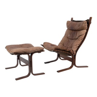 Mid- Westnofa Siesta Leather Lounge Chair and Ottoman - a Pair For Sale
