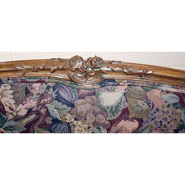 Louis XV Style Carved Walnut Tapestry Settee For Sale In Philadelphia - Image 6 of 11