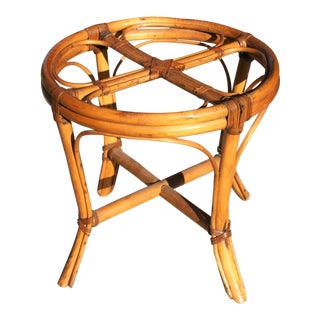 Mid-Century McGuire Style Rattan Bamboo Side Table / Small Coffee Table For Sale